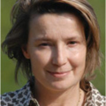 Elena Mango