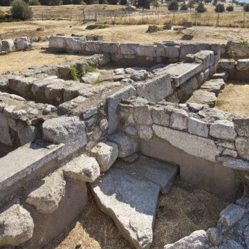 Heroon (7th c. BC)